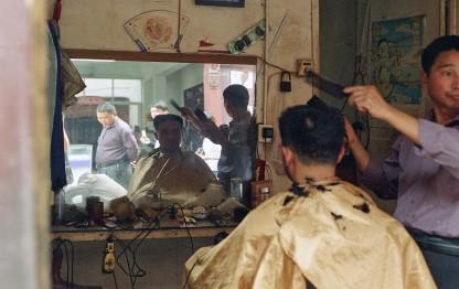 5eb3d_Barber_Shop_China_October_2009